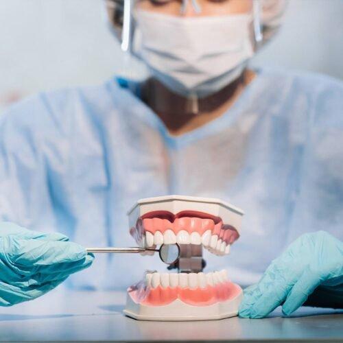 Próteses e Reabilitação Oral
